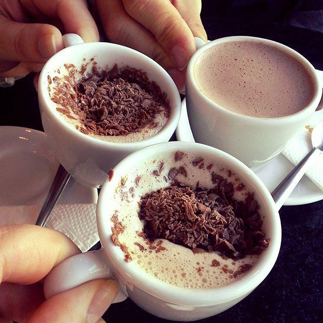 E para o dia do café temos: #café #chocolatequente #kopenhagen #frio #kopenhagencafe