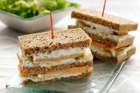 Κλαμπ σάντουιτς με πέστροφα και κρέμα ούζου - Γρήγορες Συνταγές   γαστρονόμος online
