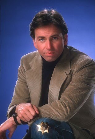 John Ritter RIP I just loved him as a actor! He was so Talented! His physical comedy was stellar!