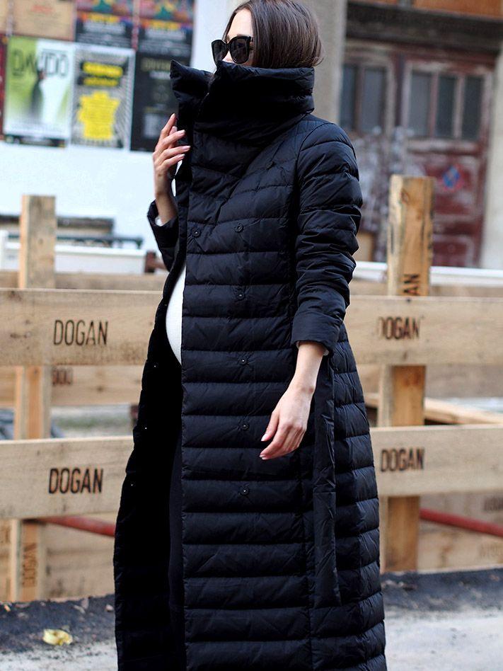 #pufferjacket #puffercoat #coats #wintercoat #winterjacket #down #daunenmantel #daunenjacke #hallhuber #streetstyle #berlin #ootd #fashionblogger #helloshopping #isabelmarant #boots #embroidery