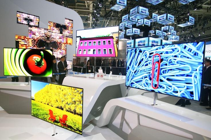 Salon Samsung en la feria de Muebles Milan 2012.