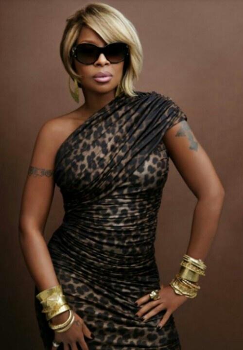 Mary J Blige    Check out Sexy New Hip Hop Artist/Rapper: Miss Jade http://youtu.be/tWdRDseUScY & #newhiphop #missjade http://www.reverbnation.com/missjade