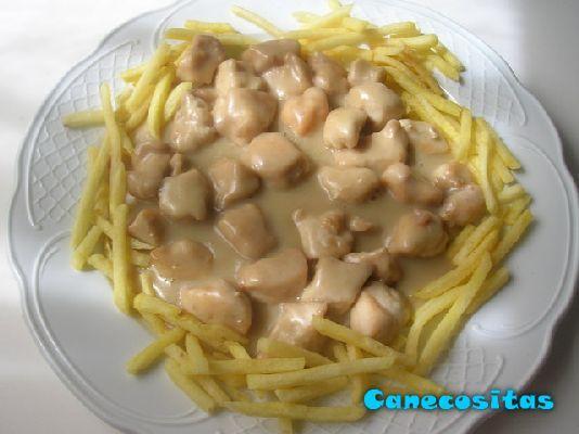 Pechugas en salsa de queso - Recetariocanecositas.com
