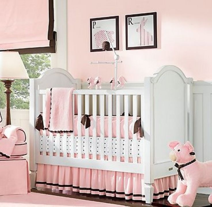 la combinacin marrn con rosado es muy utilizado para la habitacin de una nia with cuarto de bebe