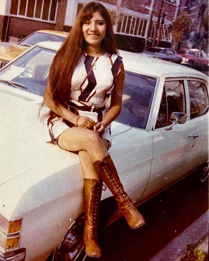 My Mom When Se Was 20 At The End Of 60's