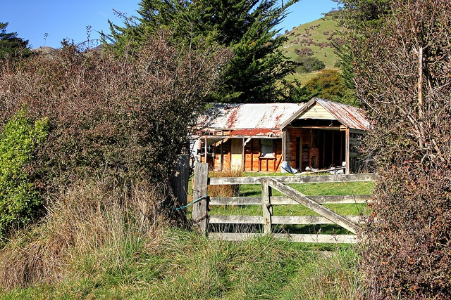 Old house, Little River, Banks Peninsula, Canterbury, New Zealand by brian nz, via Flickr