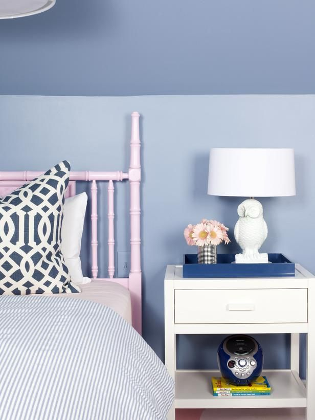 Awesome playful girl's bedroom