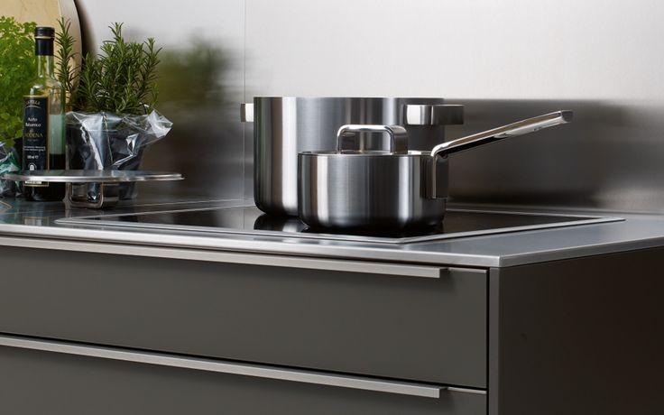 Modern kitchen with handles SC10 laminate matt siematic - brillante kuchen ideen siematic
