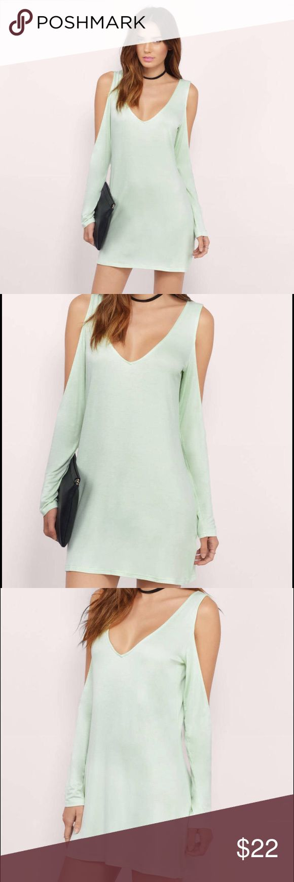 NWOT TOBI Missy Dress Brand new, never worn mint TOBI cold shoulder Missy Dress. In perfect condition, and tried on once but was just too big for me!! Tobi Dresses Long Sleeve