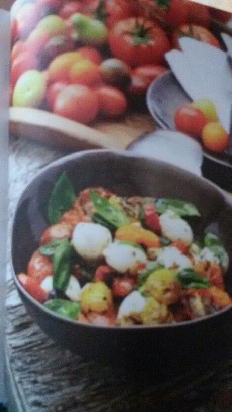 Warme tomaatjes met mozzarellabolletjes #PascaleNaessens
