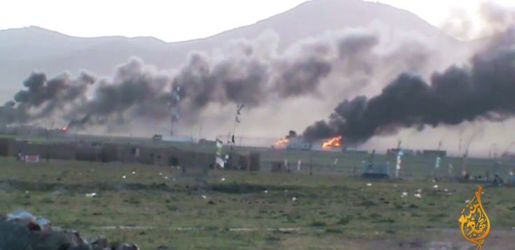 Membedah Taktik Ambush Pasukan Elit Taliban  KIBLAT.NET  Dalam video terbarunya Imarah Islam Taliban mempublikasikan aksi pejuang-pejuang mereka meng-ambush konvoi logistik musuh di bagian timur provinsi Wardak. Beberapa bagian ditampilkan secara detil operasi militer di siang bolong itu yang menghancurkan banyak kendaraan militer Afghan. Anehnya meskipun terlihat ada dua helikopter Blackhawk terbang di dekat lokasi tidak ada upaya kontra-serangan maupun bantuan pertahanan dari udara…