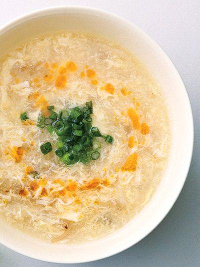 しゃきしゃきの食感が楽しいスープ。実はもやしの和え物からのアレンジ!|『ELLE gourmet(エル・グルメ)』はおしゃれで簡単なレシピが満載!