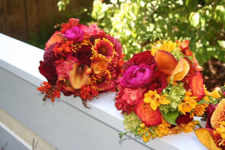 bridal and bridesmaids bright, colorful bouquets. www.violettaflowers.comFavorite Bouquets, Violetta Flower, Bridesmaid Bright, Www Violettaflowers Com, Floral Arrangements, Gardens Varieties, Colors Bouquets
