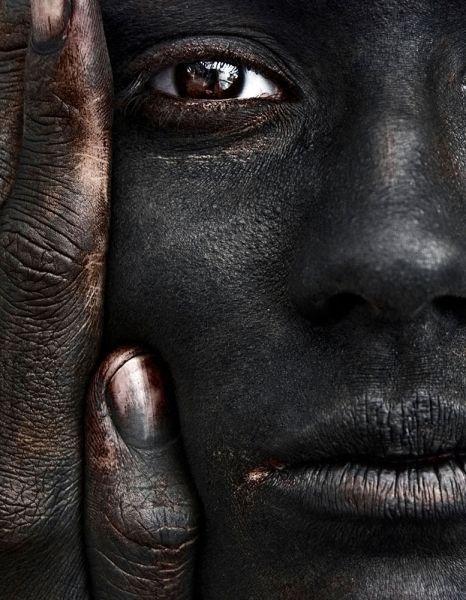 Kimberley Munro- Loren - PEOPLE - Portrait  - bronze - ONE EYELAND PHOTOGRAPHY AWARDS 2013