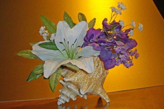 DIY Wedding Craft: Create A Conch Shell Centerpiece