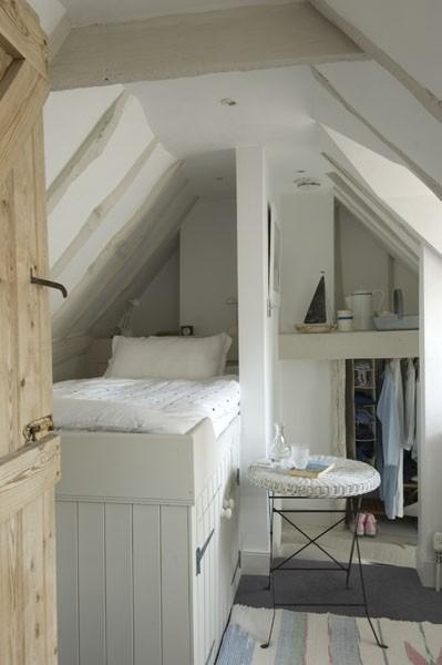 back bed space and closet nook