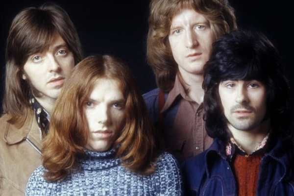 Badfinger consisted of Pete Ham, Tom Evans, Joey Molland and Mike Gibbins. They signed to Apple in 1968 as The Iveys.
