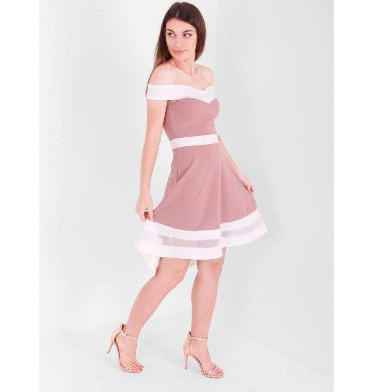 Φόρεμα με αντίθεση και ανοιχτούς ώμους