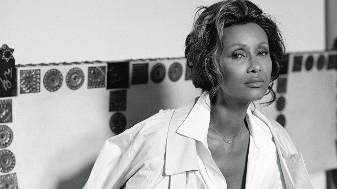 Somali supermodel Iman Abdulmajid looks back at 41 years of photographs of her—and of her late husband, David Bowie—in Vogue.