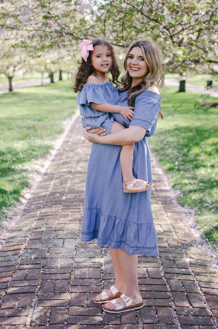 f4232f8d6f mommy and me spring matching outfits - mother daughter chambray dresses |  For more mommy and me outfits, see bylaurenm.com!