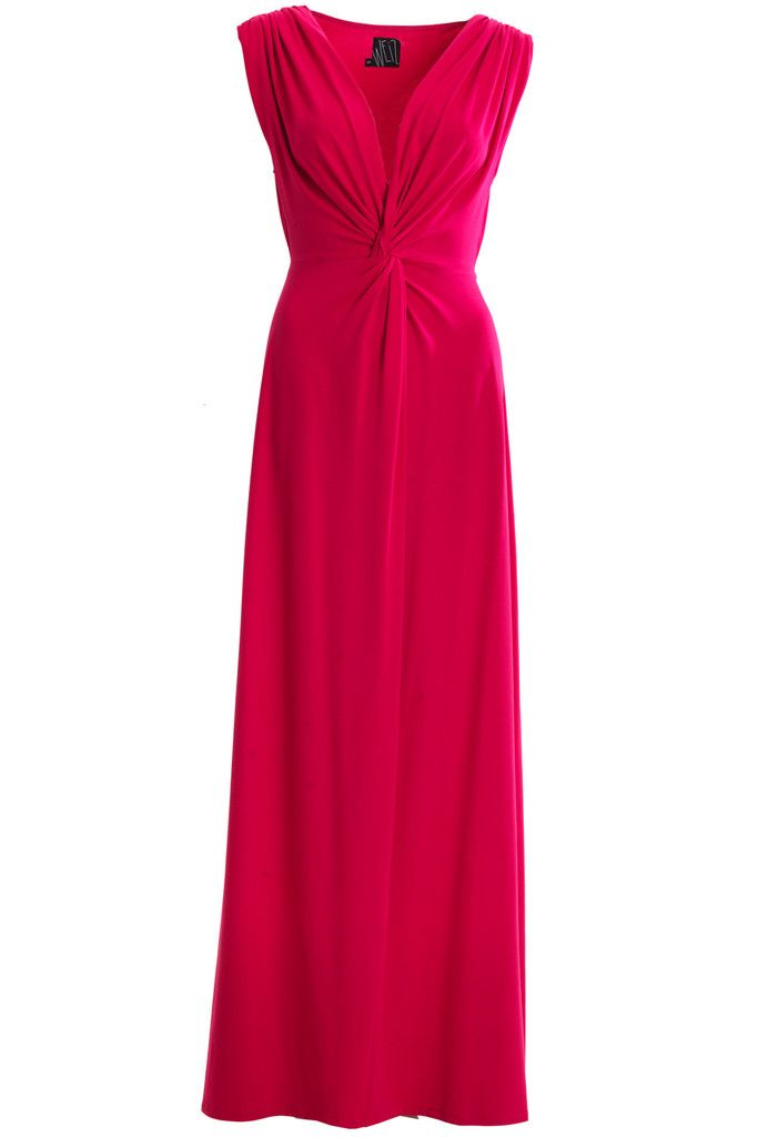 This Weiz Amia dress is definitely one of our favourites, especially in bright pink. If you do not want to be noticed, do not wear this beautiful maxi dress.