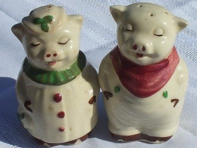 Rare Salt And Pepper Shakers | Vintage Shawnee pottery Winnie and smiley Pig Salt & Pepper Shakers ...
