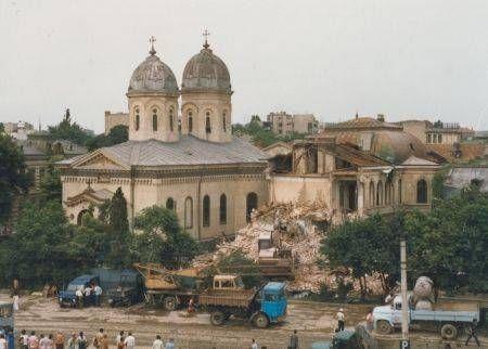 singura-fotografie-existenta-de-la-demolarea-bisericii.jpg (450×322)