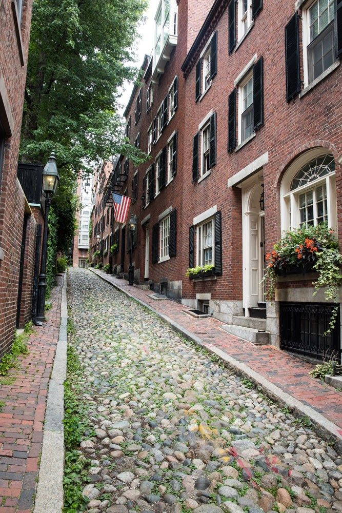 Acorn Street, Beacon Hill, Boston