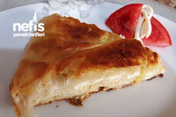 Tavada Çecil Peynirli Börek