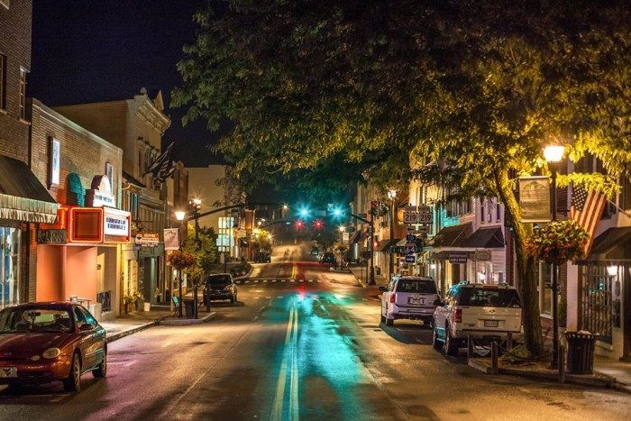 Lewisburg, West Virginia is a small town of just under 4000 residents, but it's packed with things to do.  Travel | West Virginia | Attractions | Things To Do | Food | Small Towns | Restaurants
