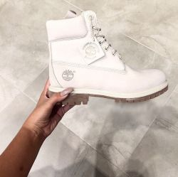 white timberland boots | fashion accessories | style