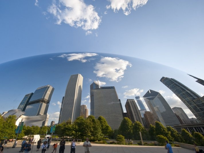 Explore walkable Chicago in 4 days