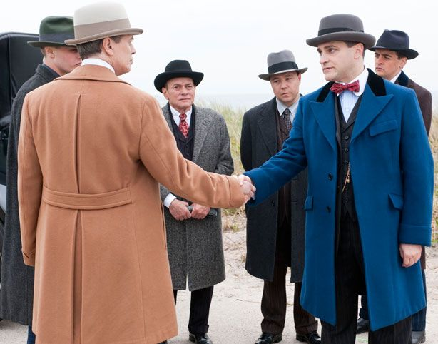 Google Image Result for http://www.esquire.com/cm/esquire/images/Rq/esq-boardwalk-empire-finale-season-1-120610-xlg.jpg