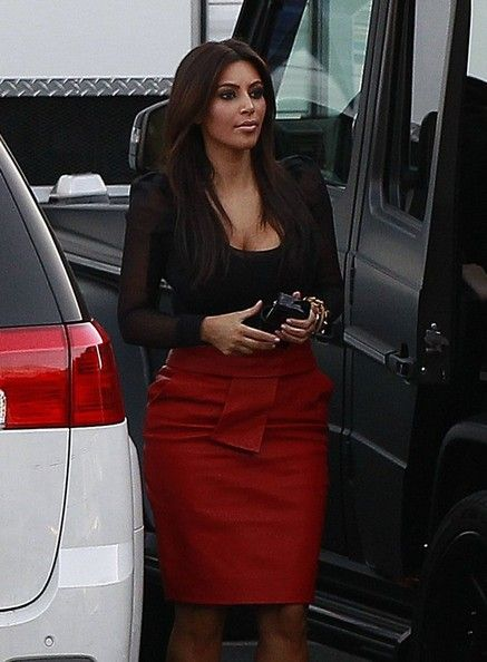 Kim Kardashian Photo - Kim Kardashian Attends 'X-Factor' Taping With Her Sisters And Boyfriend