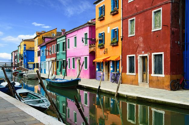 Venice, Italy | 15 Colorful Buildings That Will Brighten Up Your Day