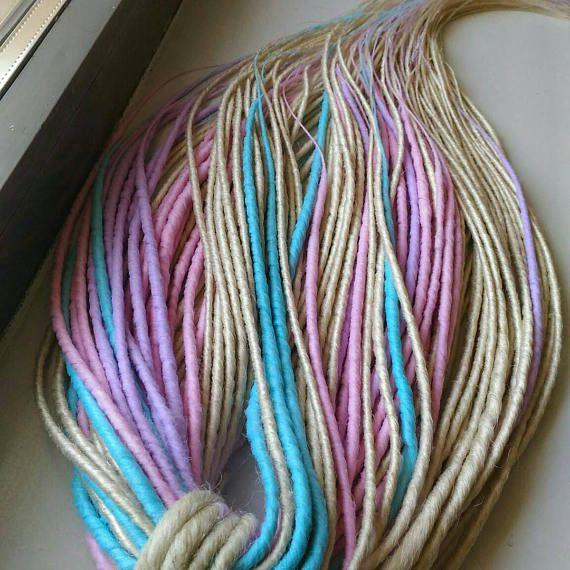 Reedy made set de dreads. Silky dreads. Pastell dreads.