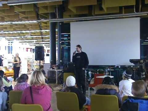 Kristian Meurman @ Entressen kirjaston avajaiset