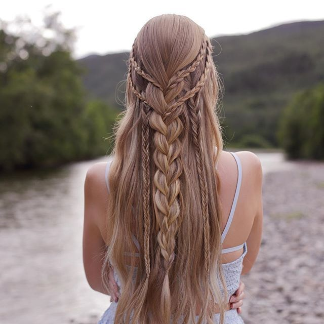 "Festival inspired braid❤️ Tutorial can be found in our new book ""Effortless Hairstyles"", which you can find on amazon.com Link in bio"