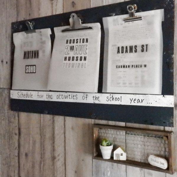 ベニヤ板でDIY☆掲示板風♪子供の学校のスケジュール管理ボード - 暮らしニスタ