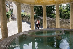 Lavoir Grignan Drôme Provence drome chêteau http://www.eau-pure-drome.com/