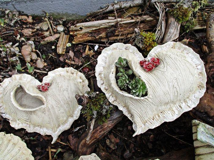 Gr. Herz Garten Keramik Kunst Pflanzen Rose shabby von V-ARCADEN  auf DaWanda.com