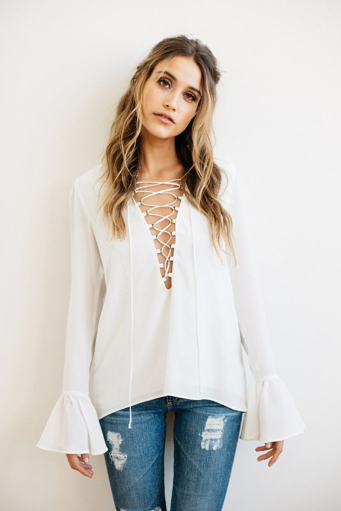 Stone Cold Fox 2016 || Powell blouse in white