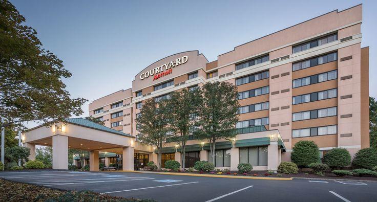 Courtyard Marriott - Hotel In Shelton CT.