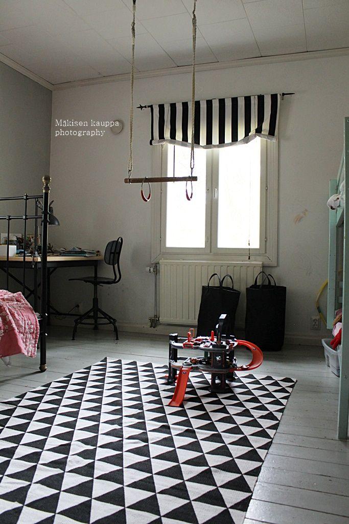 Mäkisen kauppa: Lastenhuoneen matto