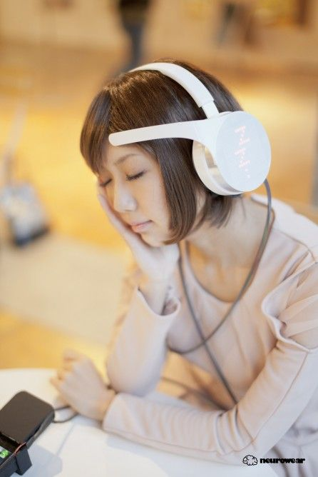 These headphones scan your brain and play music to match your mood. mico - brainwave controlled headphones by neurowear