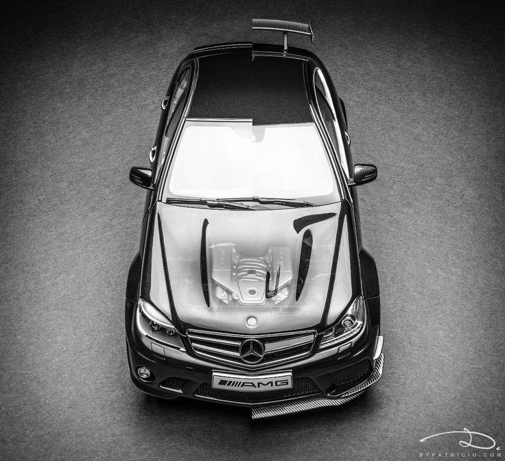 Mercedes-Benz C63 AMG by AUTOart 1:18 vs. Mercedes-Benz C63 AMG Black Series by GT Spirit 1:18