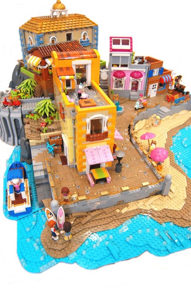 Lego Friends on Vacation