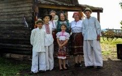 Slovakia - Folklore traditions and classic folk costumes