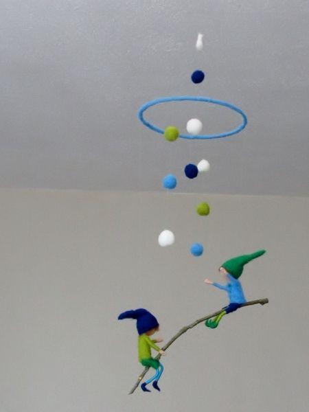 die besten 25 windspiele ideen auf pinterest perlen flaschenkunst und selbstgemachte windspiele. Black Bedroom Furniture Sets. Home Design Ideas