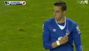 Jamie Carragher slams Funes Mori for holding Everton crest after injuring Liverpool player (Video)
